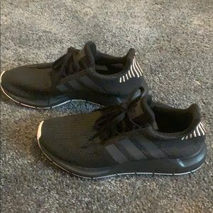 adidas tennis shoes! barely worn size 9! SO COMFY!